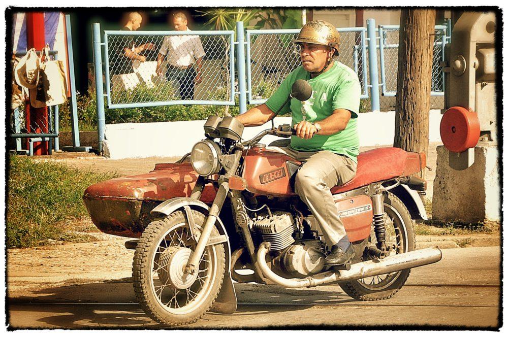 Poeple Of Cuba